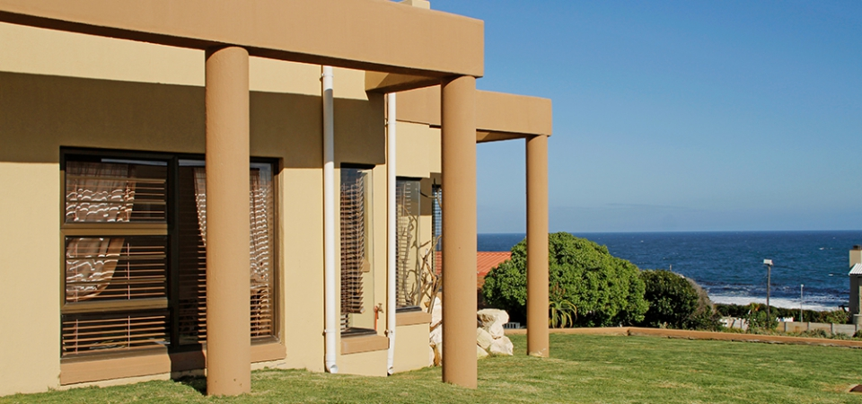 Luxury Self Catering Villa - Stay in Comfort & Style